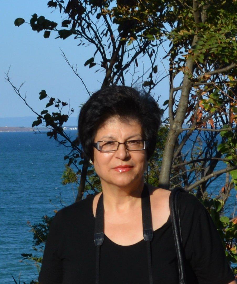 Калина Тельянова е носител е наюбилеен медал на Международната общност на писателските съюзи. Снимка Личен архив