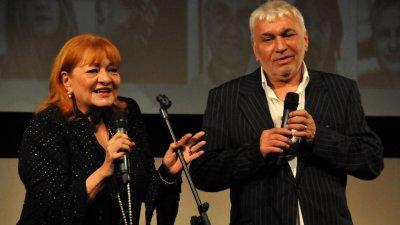 Артистичното семейство Богдана Карадочева и Стефан Димитров идват в Бургас за премиерата на книгата Безнадежден случай. Снимка Архив Черноморие-бг