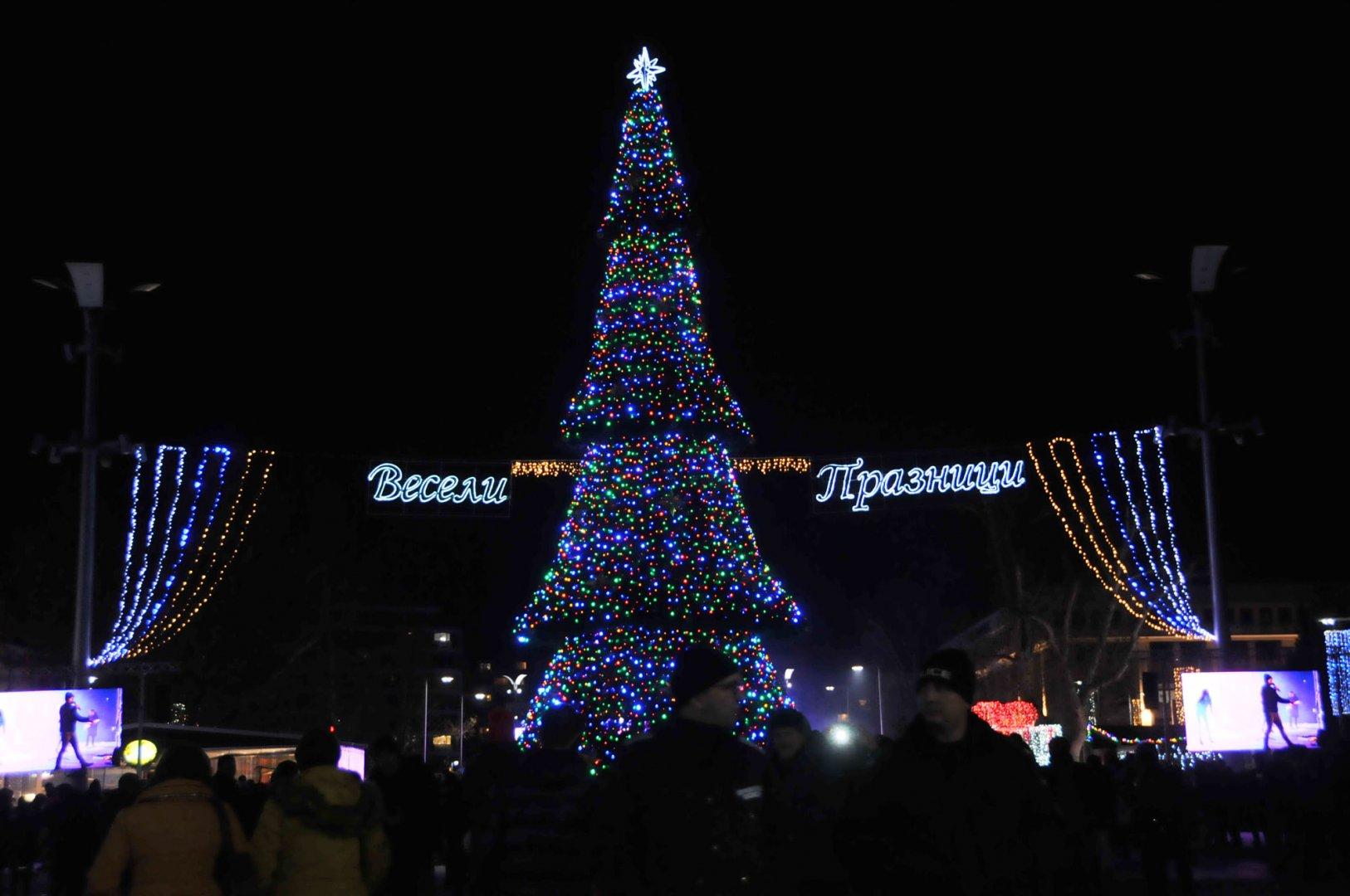 Най-чаканият концерт в Бургас е този на празника на града - Никулден. Снимки Лина Главинова