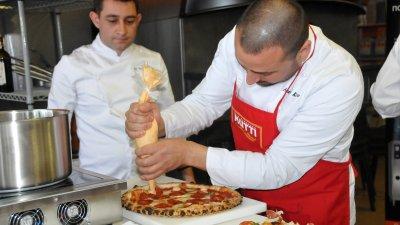 Шеф Колев ще ръководи Кулинарната академия в Слънчев бряг. Снимки Лина Главинова