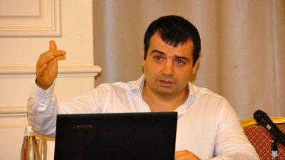 Бачийски ще призове колегите си в ОбС да не провалят шансовете за привличане на голям инвеститор. Снимка Лина Главинова