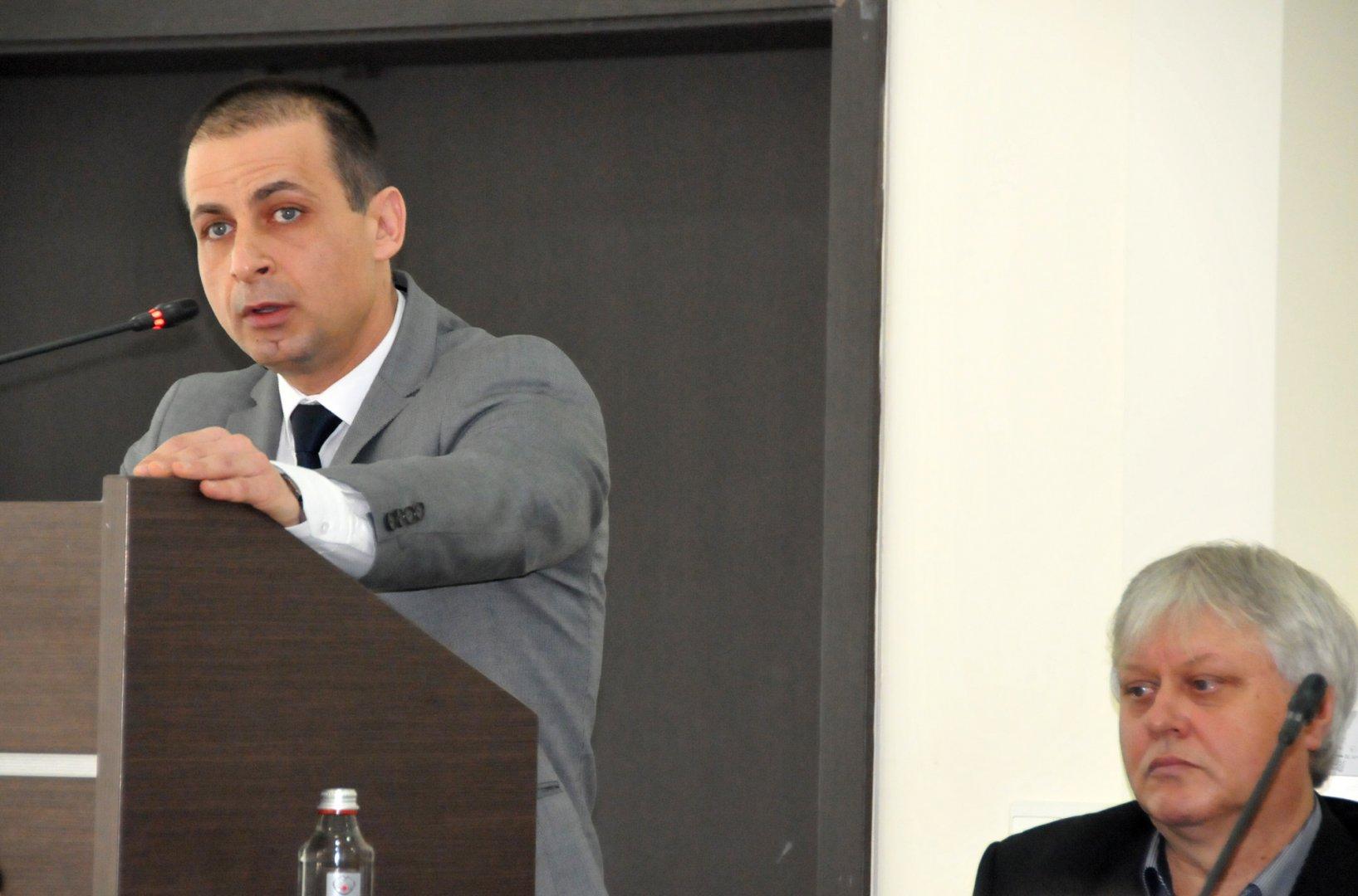Според Живко Табаков (вляво) този сектор търпи най-големите загуби по време на пандемията. Снимка Архив Черноморие-бг