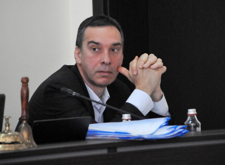 Увеличението на заплата на кмета Димитър Николов е с 180 лева. Снимки Лина Главинова