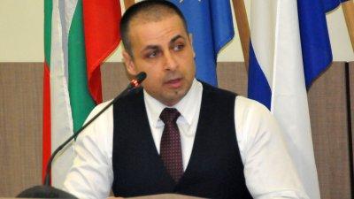 Срамно е, че за 30 години демокрация в Бургас референдум ще се състои за втори път, смята Живко Табаков. Снимка Архив Черноморие-Бг