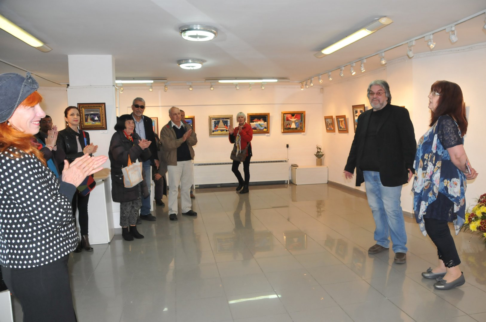 Родопчанинът Здравко Палазов представи 24 живописни платна в галерия Бургас. Снимка Лина Главинова