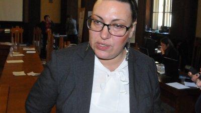 Елка Стоянова оглави РИК за предстоящите избори за ЕП. Снимки Лина Главинова и Областна управа