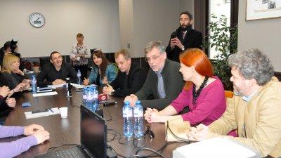 Комисията по култура се срещна с представители на различните продукции, които искат да снимат в Бургас. Снимка Лина Главинова