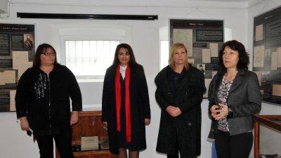 С изложбата Възкресение на свободата РИМ Бургас отбеляза 142 години от Освобождението на Бургас от Османско владичество. Снимки Лина Главинова