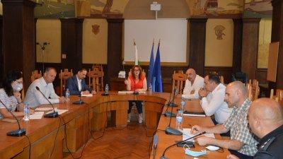 Срещата се състоя в Областна управа по покана на Мария Нейкова. Снимка Областна управа