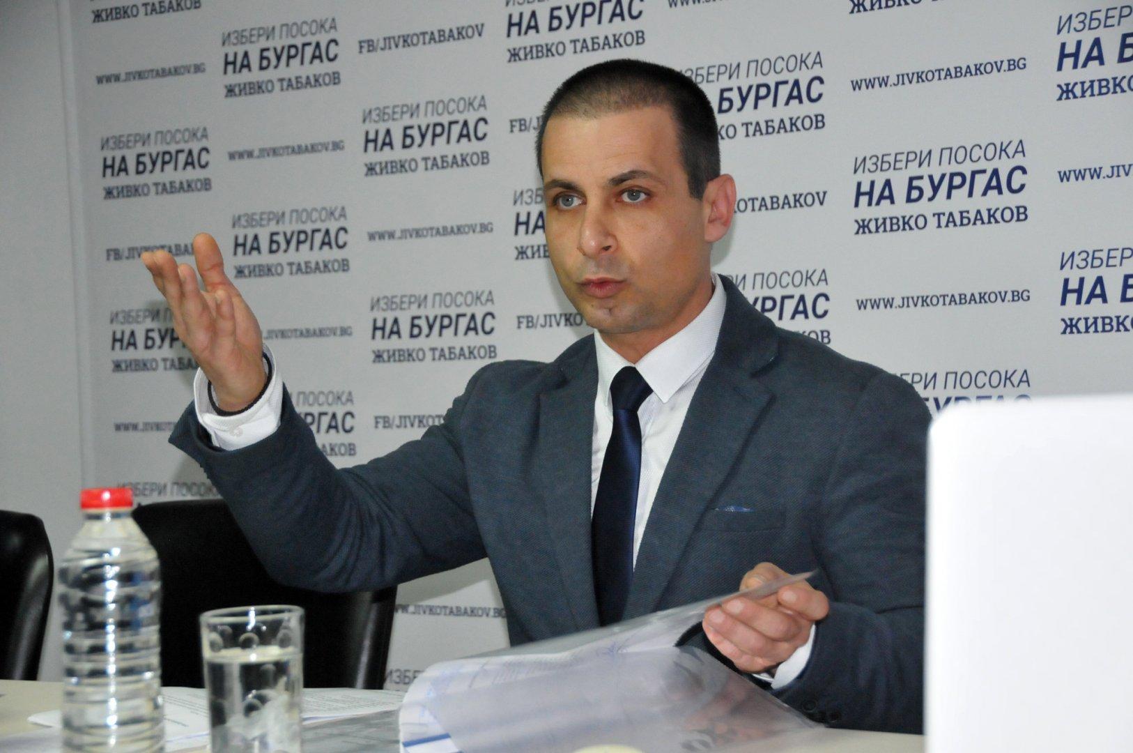 Неподустимо е това, което се случва, категоричен е Живко Табаков. Снимка Лина Главинова