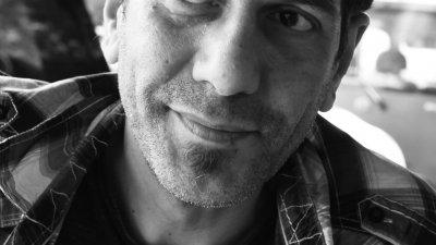 Сценарист и режисьор на спектакъла е Красимир Колев. Снимка Личен архив