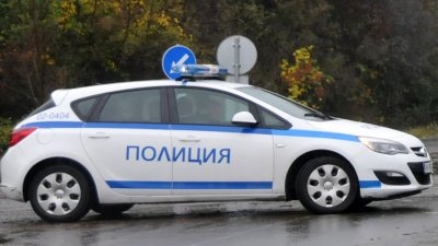 Работата по случая продължава от служители на Пътна полиция при ОДМВР Бургас. Снимка Архив Черноморие бт