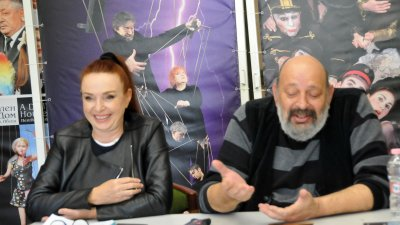 Бойка Велкова поставя на бургаска сцена Призраци. Снимка: Лина Главинова