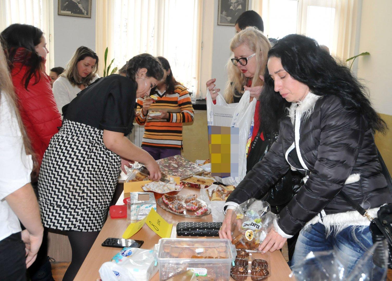 Средствата са разпраделени с решение на Педагогическия съвет. Снимка Архив Черноморие-бг