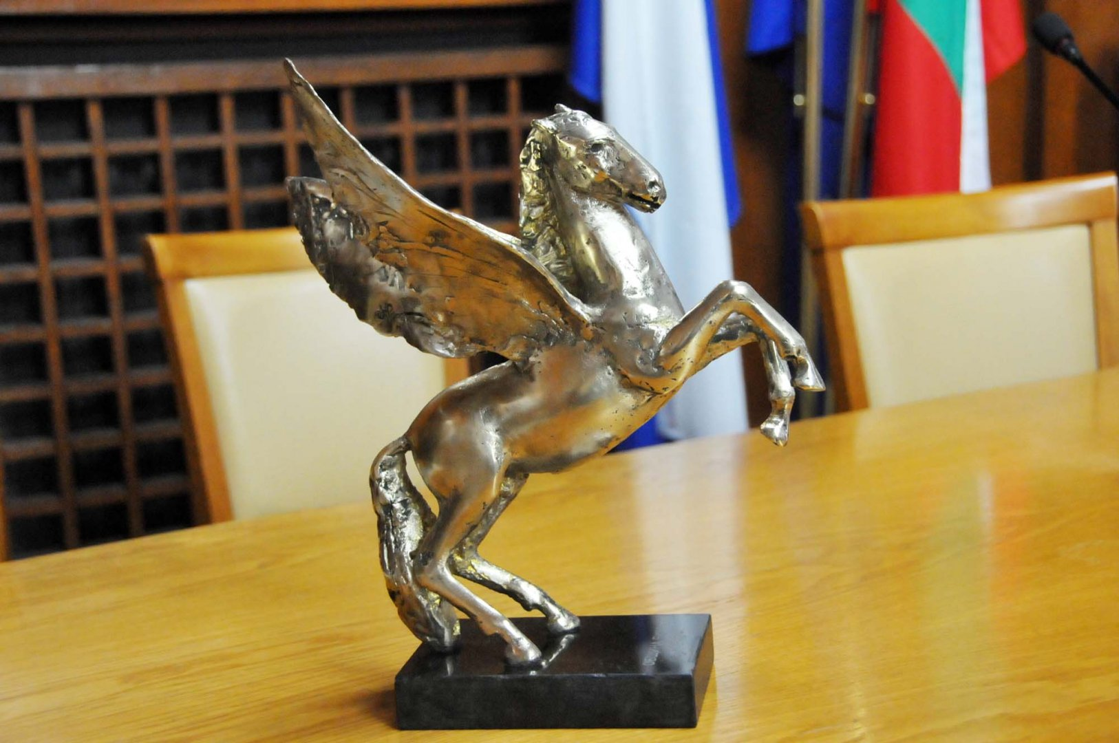Статуетката се присъжда на всеки две години. Снимка Архив Черноморие-Бг
