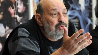 Директорът Борислав Чакринов е доволен от финансовите резултати на театъра за 2018-та година. Снимка Лина Главинова