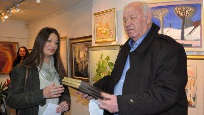 Художничката Нели Тодорова ще участва в предстоящата осмомартенска изложба в галерия Бургас. Снимка Архив Черноморие - бг
