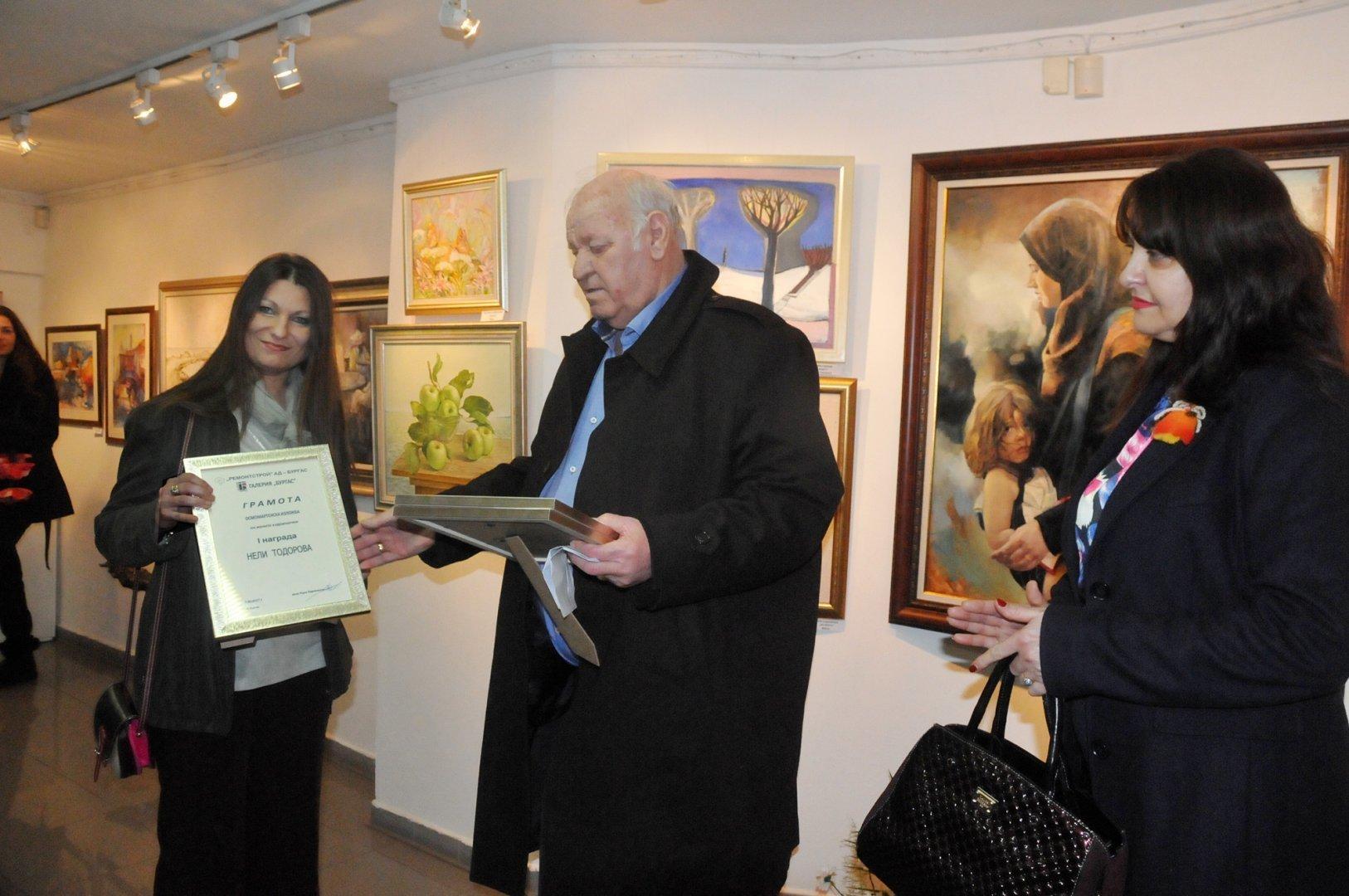 Руси Куртлаков е и собственик на първата частна галерия Бургас. Снимка Архив Черноморие-бг