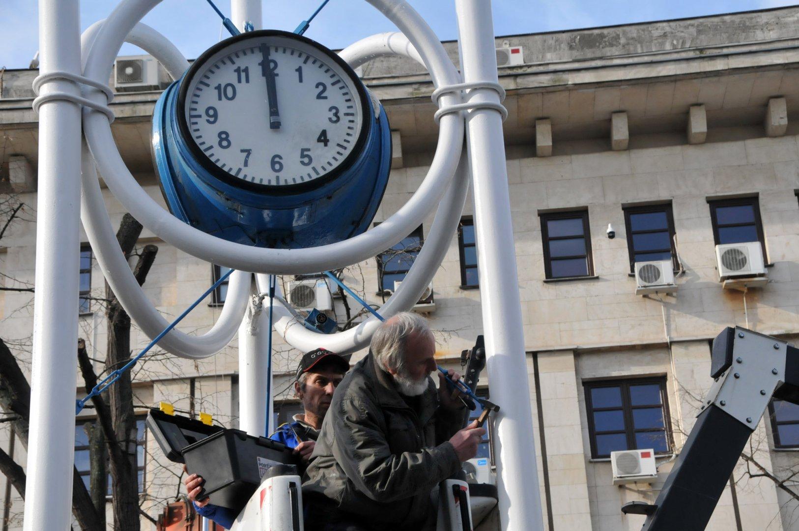 Часовникът бе демонтиран в края на януари. Снимка Лина Главинова