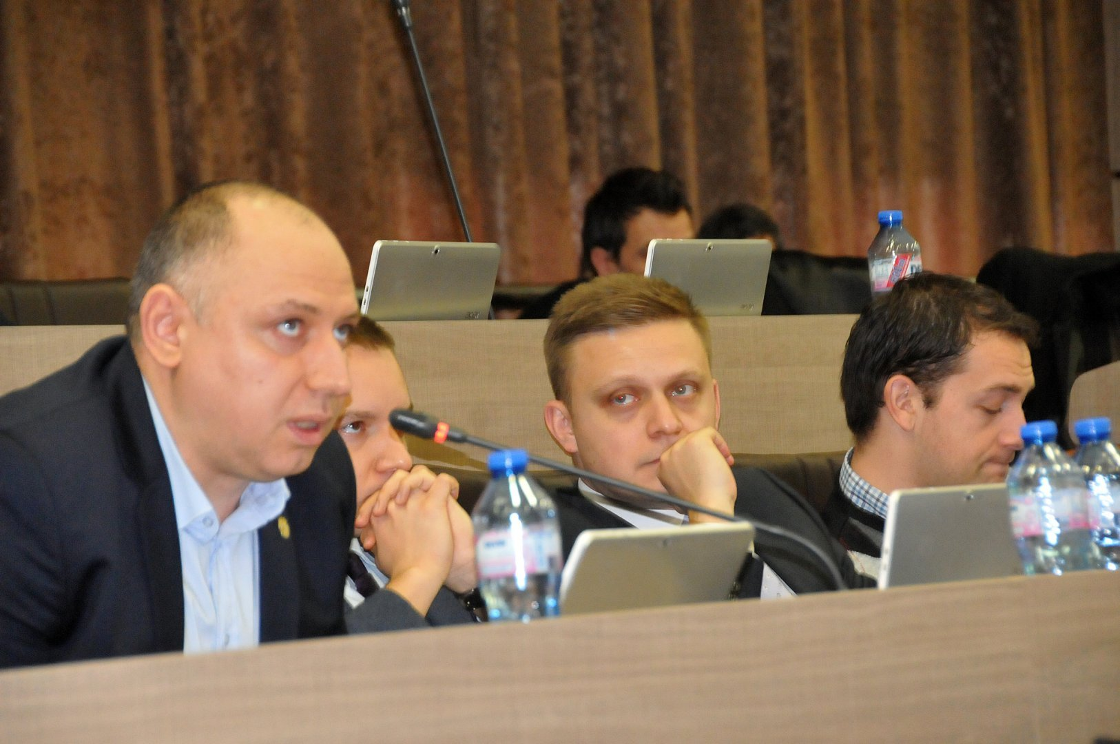 Предложението е на съветника от ГЕРБ Антон Берданков (вляво). Снимка Архив Черноморие-бг