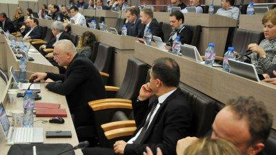 Съветниците приеха предложението за промяна на данъка. Снимка Лина Главинова