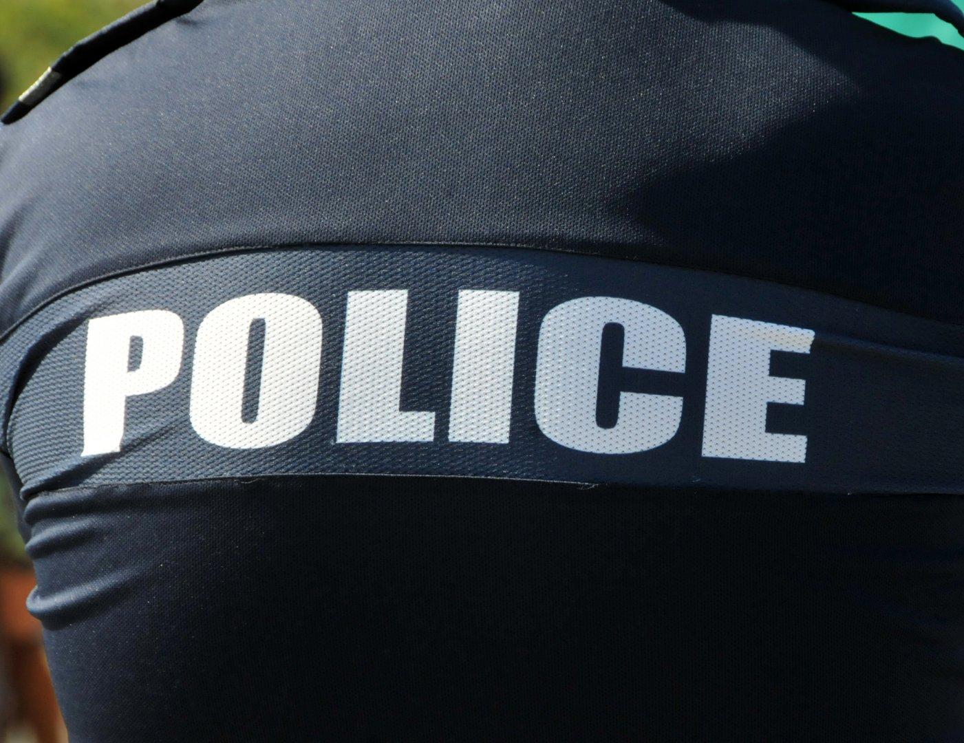 От полицията издърват мъжа, който е в неизвестност от 23-ти март. Снимка Архив Черноморие-бг