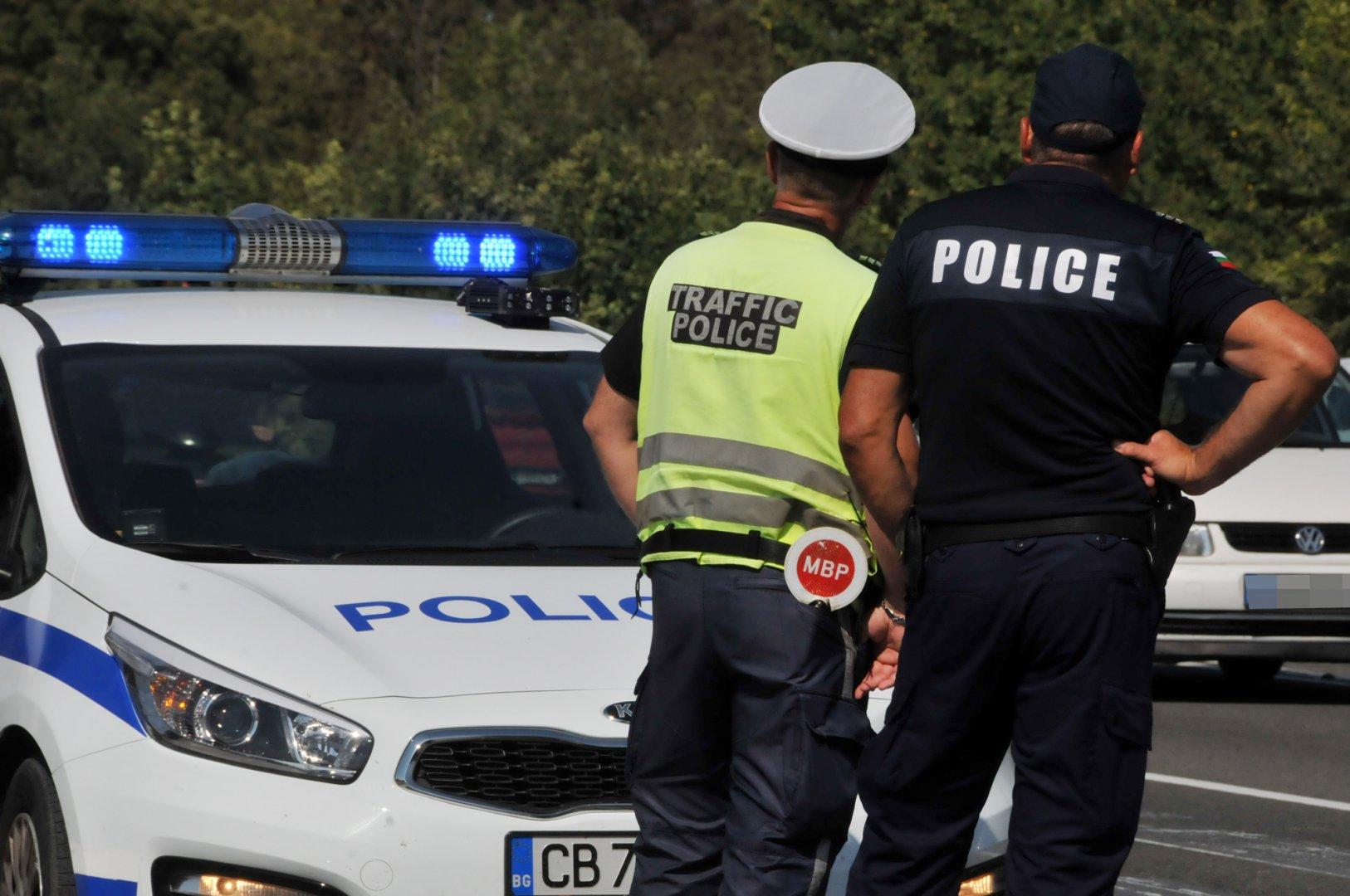 Инцидентът е станал заради движение с несъобразена скорост. Снимка Лина Главинова
