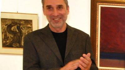 Художникът Милчо Талев за първи път ще гостува със самостоятелна изложба в галерия Бургас. Снимка Лина Главинова