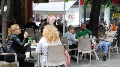 Кафенетата, бистрата и ресторантите остават затворени поне до края на януари. Снимка Архив Черноморие-бг