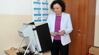 Ивелина Василева бе поставено под номер 9 в бюлетината на ГЕРБ. Снимка Лина Главинова