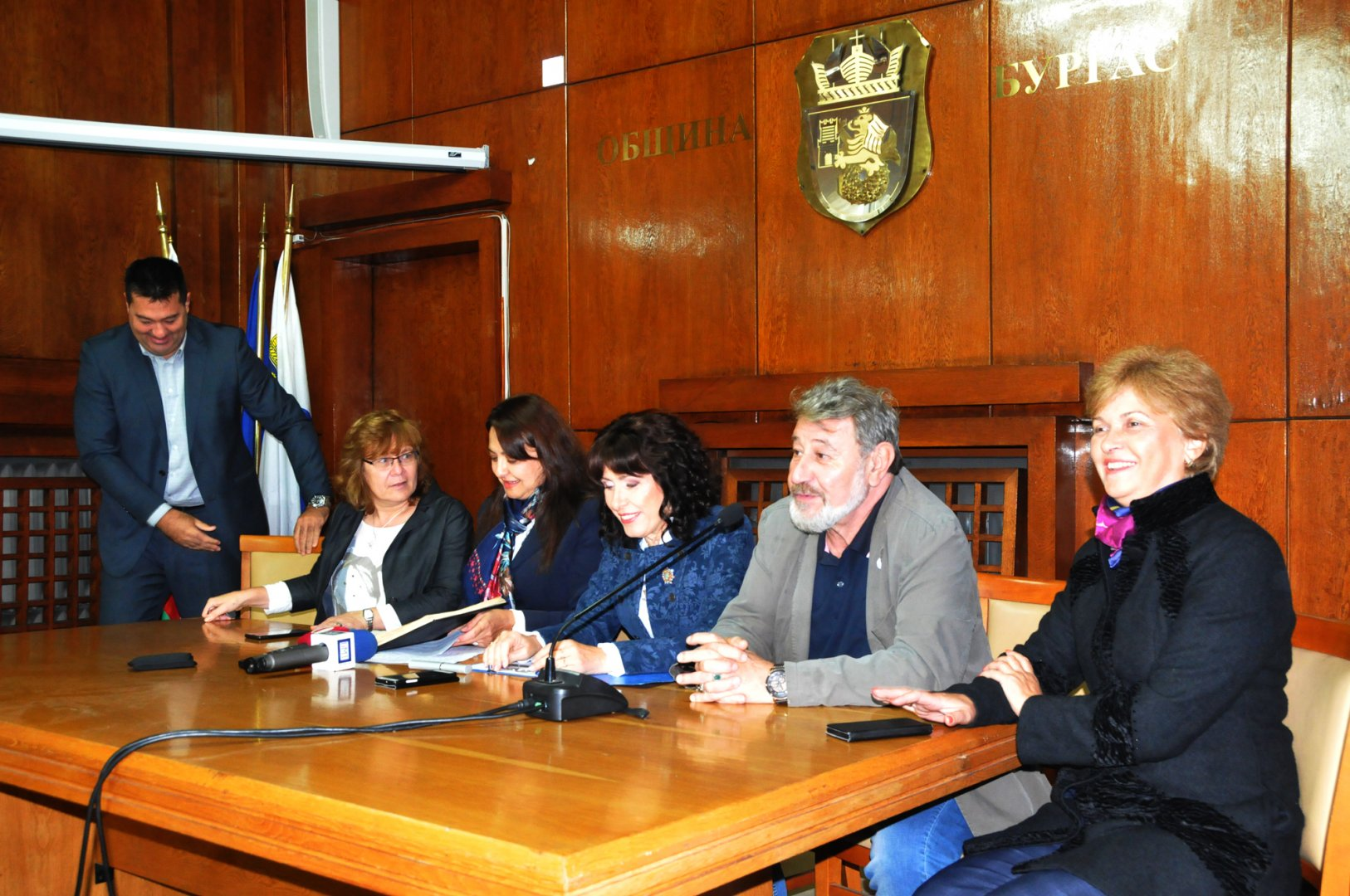 Кампанията се организира от БЗС, Областна управа, РУО и Община Бургас. Снимка Лина Главинова