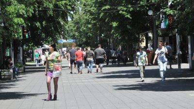 Пластиките ще бъдат разположени на пет места в центъра на Бургас. Снимка Архив Черноморие-бг