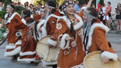Фестивалът събира почитатели на фолклора всяка година в края на август. Снимка Архив Черноморие-бг