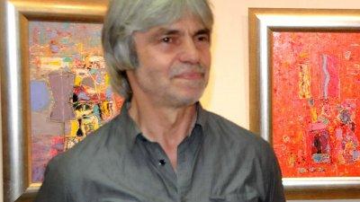 Изложбата на Николай Янакиев ще гостува в галерия Бургас до 19-и август. Снимка Лина Главинова