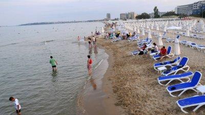 Тази година цената за наем на чадър в Слънчев бряг ще е 4 лева. Снимка Архив Черноморие-бг