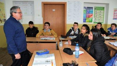 Ще направим обучението на нашите ученици незабравимо, каза Виктор Григоров
