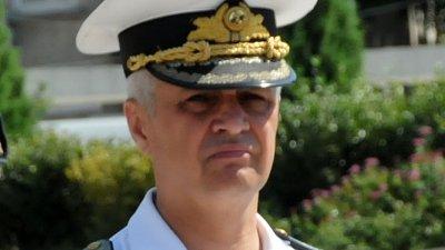 Командира на ВМС контраадмирал Митко Петев ще бъде изпратен с военен ритуал. Снимка Лина Главинова