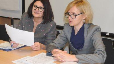 Златина Гаджерукова изнесе данни за безработицата в Бургаско. Снимка Лина Главинова