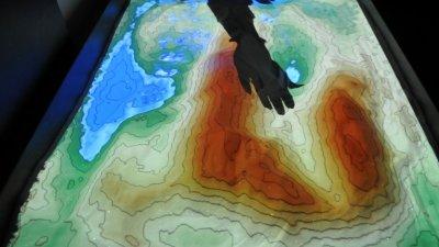 Доброволците ще могат да работят и с Интерактивната пясъчна кутия. Снимка Архив Черноморие-бг