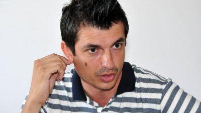 Ясен Проданов разпуска с театрални репетиции. Снимка Лина Главинова