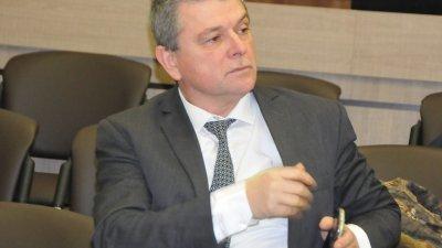 Проф. Христо Бозов поема управлението на бургаското Онко. Снимка Лина Главинова