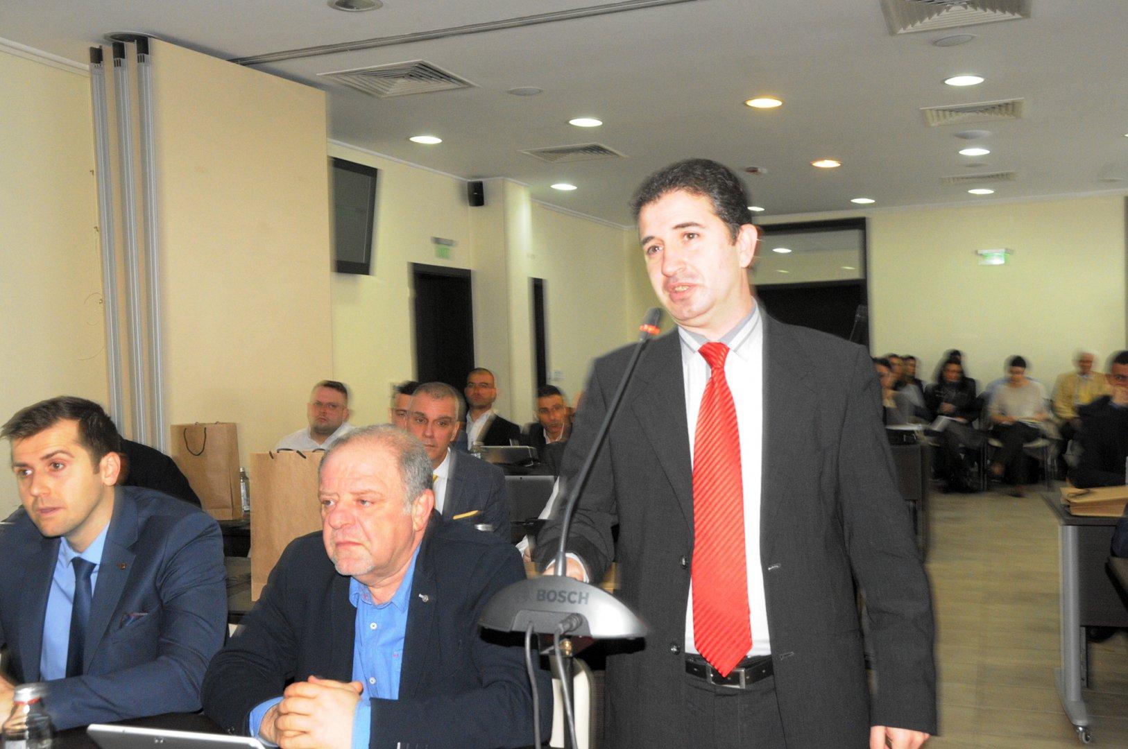 Тримата съветници на БСП са сред кандидатите за поста - председател. Отляво надясно - Стоян Коларов, Йордан Георгиев, Живко Господинов. Снимка Архив Черноморие-бг