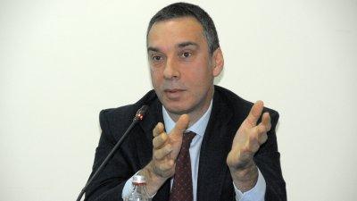 Съветниците имат право да питат, заяви кметът Димитър Николов. Снимки Лина Главинова