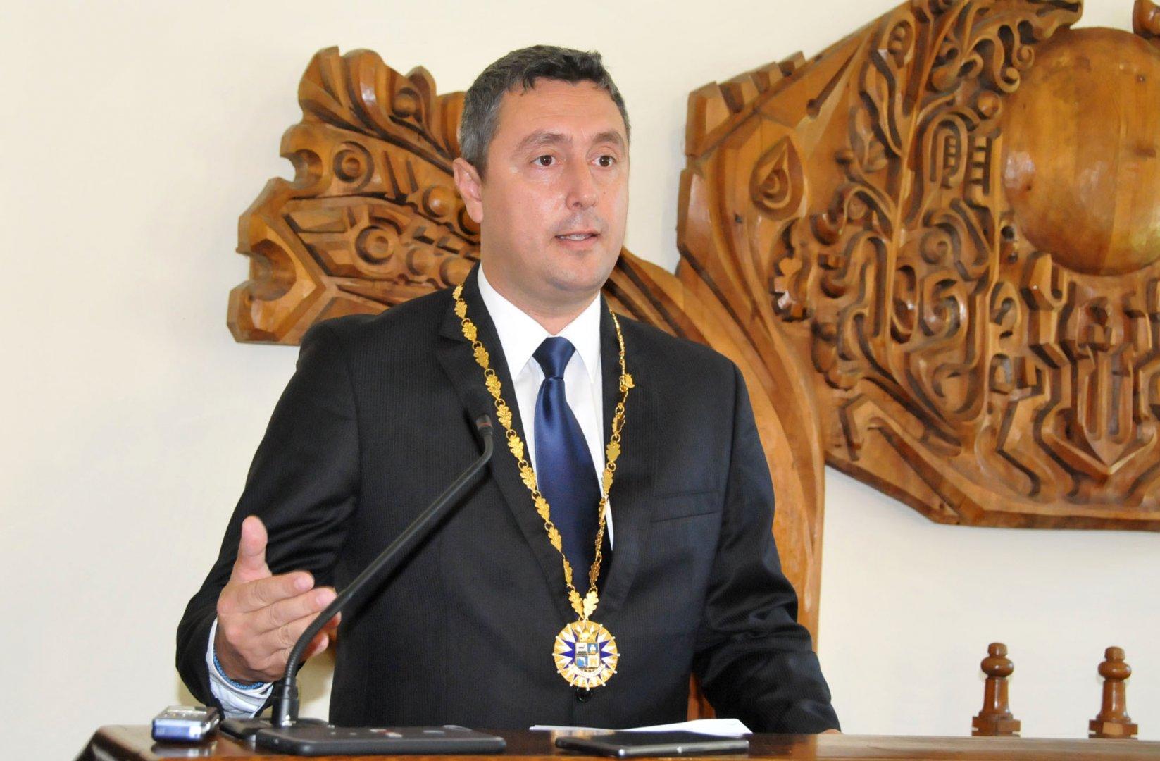 Не сме делили проектите през времето, каза кметът Георги Лапчев. Снимка Лина Главинова