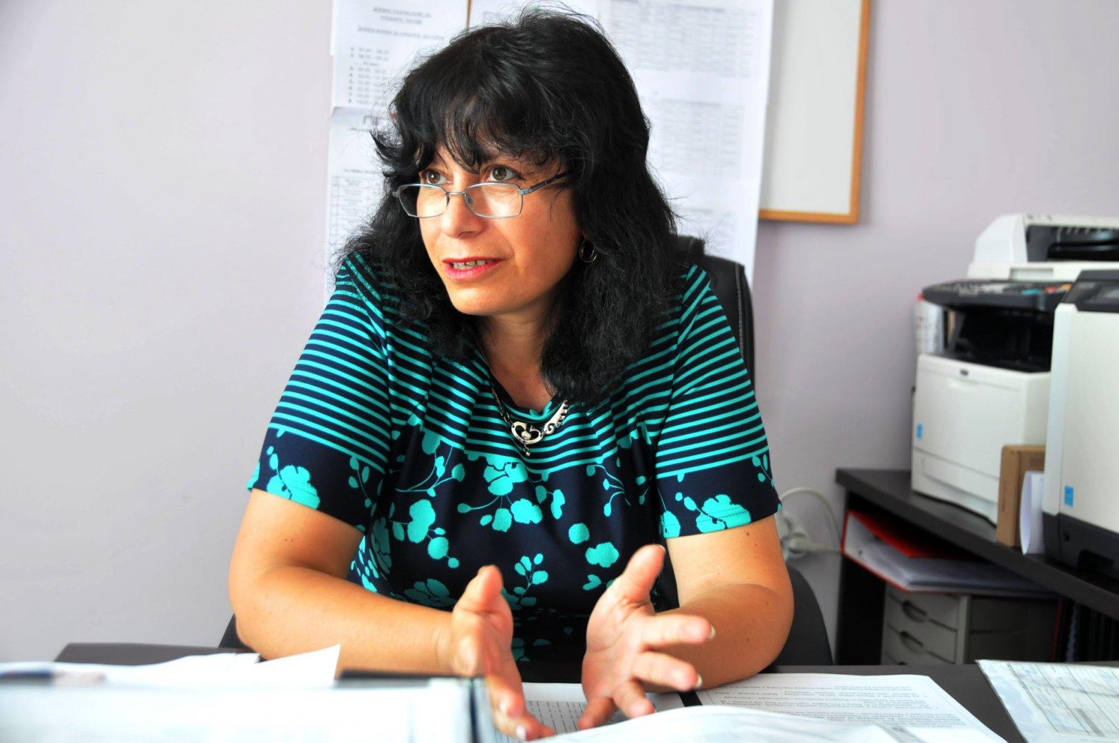 Фотинка Въргова е директор на Професионална техническа гимназия от 2016 година. Снимка Лина Главинова