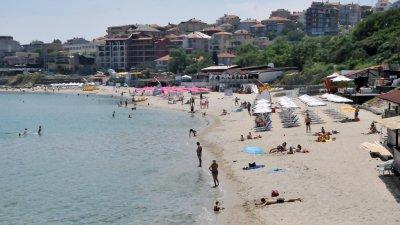 По Черноморието температурата на въздуха ще до 25 градуса, на водата - 1-2 градуса по-ниска. Снимка Архив Черноморие-бг
