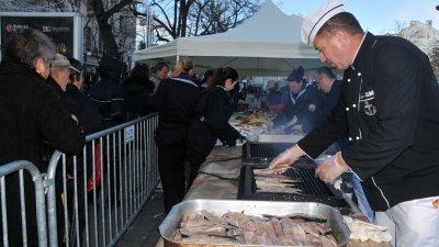 На три места ще бъде раздавана риба и вино. Снимка Архив Черноморие-Бг
