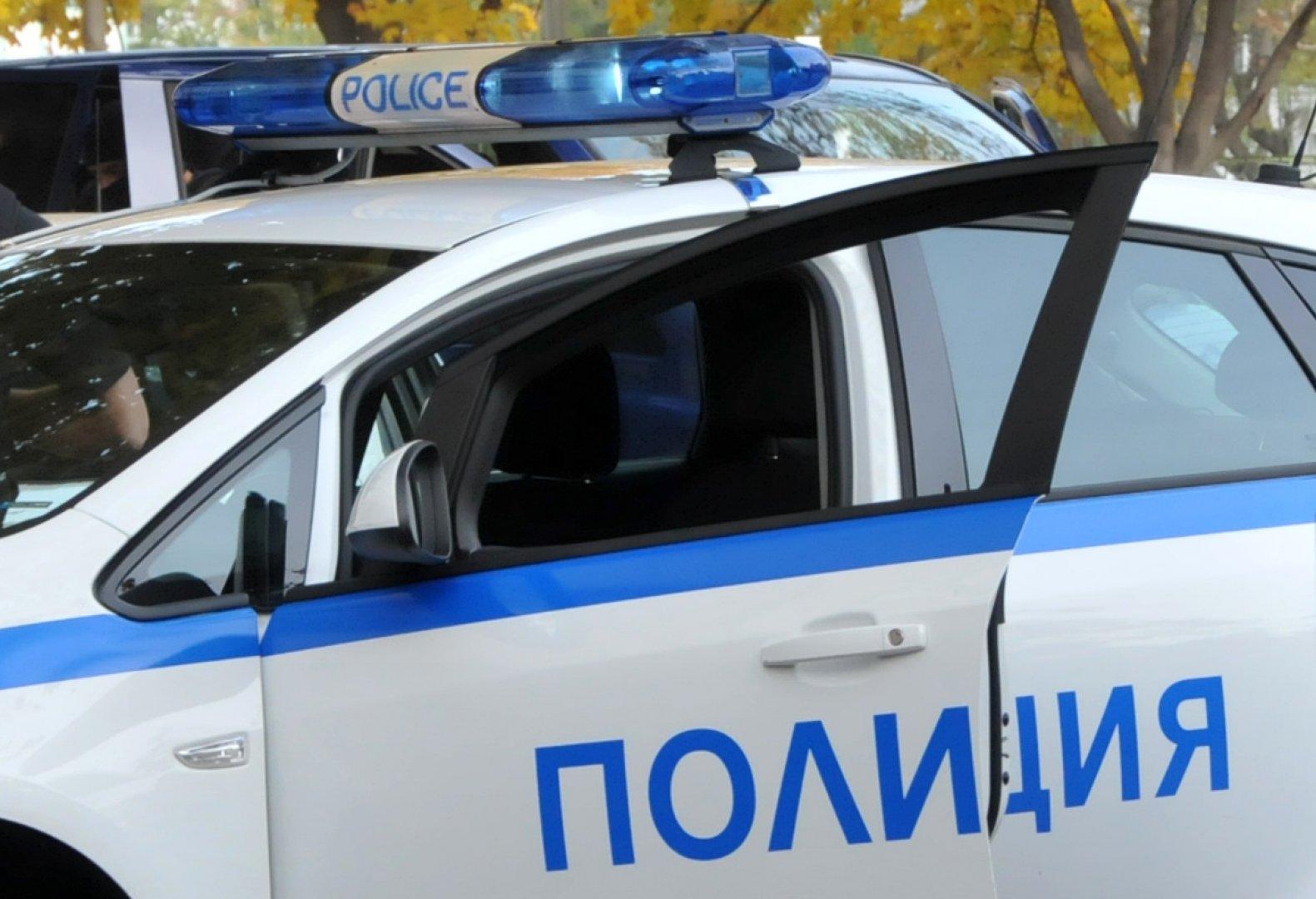 Работата по случаите продължава от служители на Първо Районно управление – Бургас. Снимка Архив Черноморие-бг