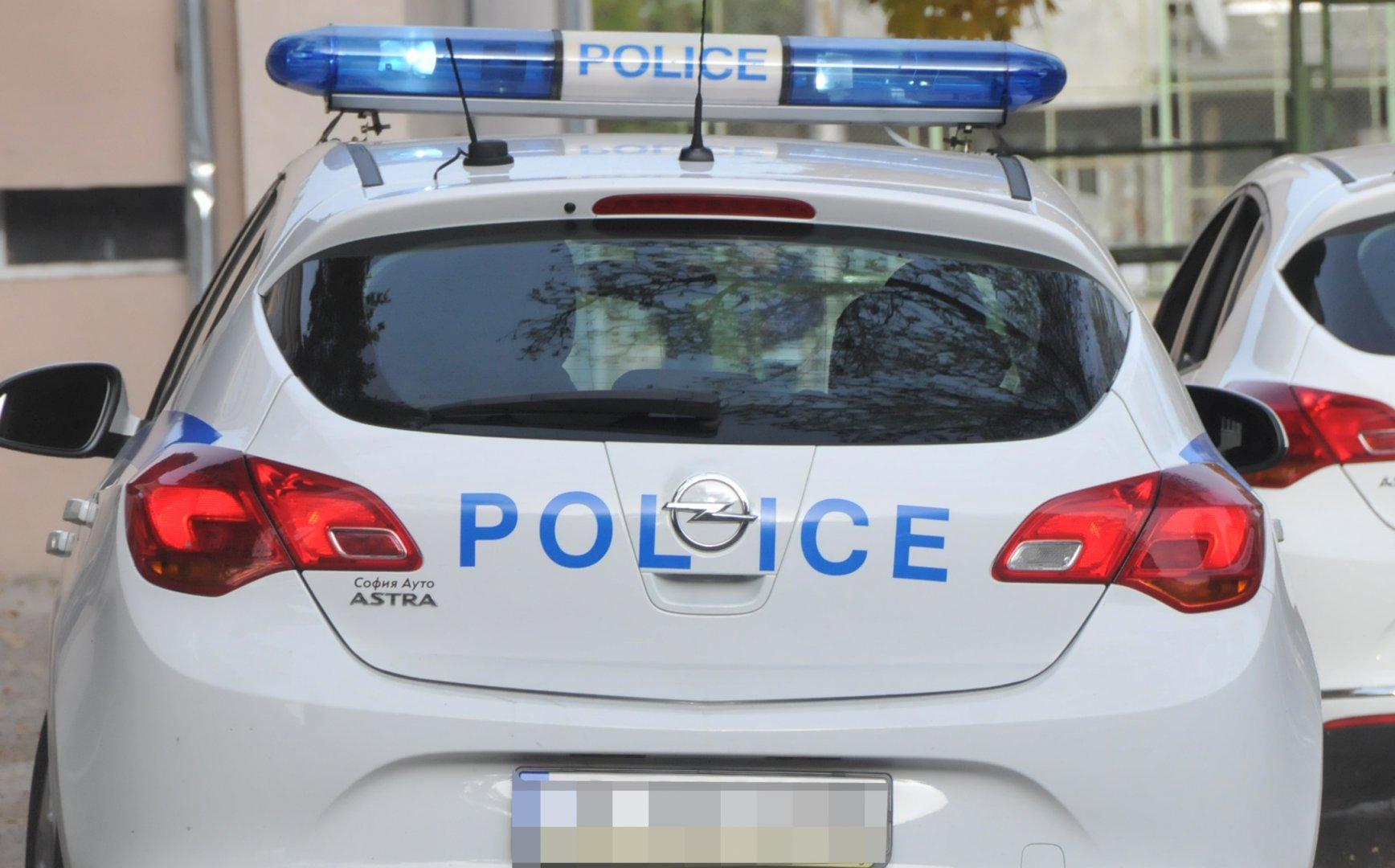 Полицаите спрели за проверка автомобила в района на Морска гара. Снимка Архив Черноморие-БГ