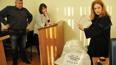 Състав на административния съд образува дело по жалбата на Живко Гърков (на снимката). Снимки Лина Главинова